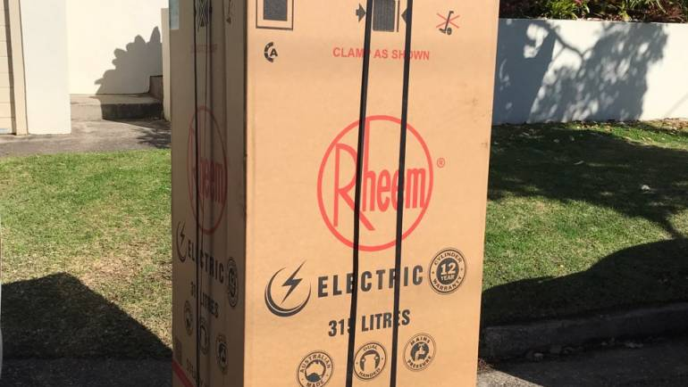 Rheem 491315 315L Electric Hot Water System Delivery